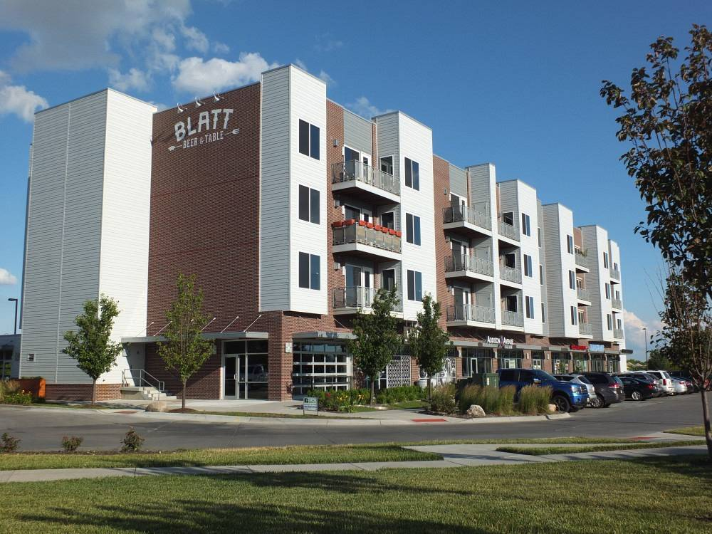 Legacy III Retail - Apartments